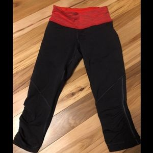 Awesome Lululemon Leggings! Crops! Sz 2!